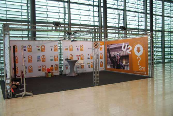 Stand modulaire stand salon sur mesure vedi express for Montage stand salon